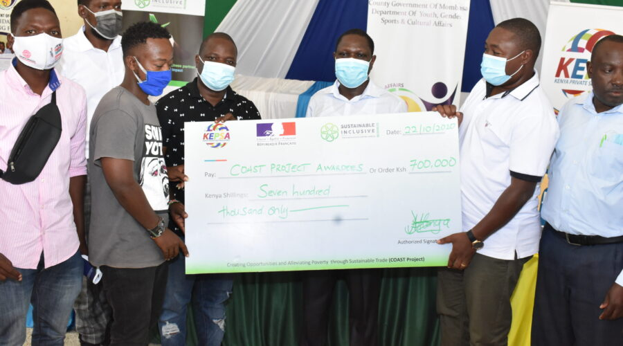Winners of the COAST Project Seed Fund Receiving the Cheque from KEPSA and County represenatives